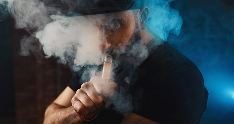 Children learn to smoke by seeing their parents – How parents should quit smoking