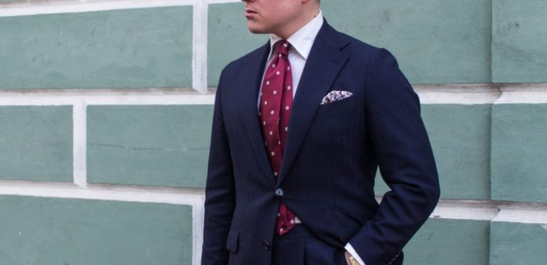 The Basics of Wearing a Tie for Looking Great