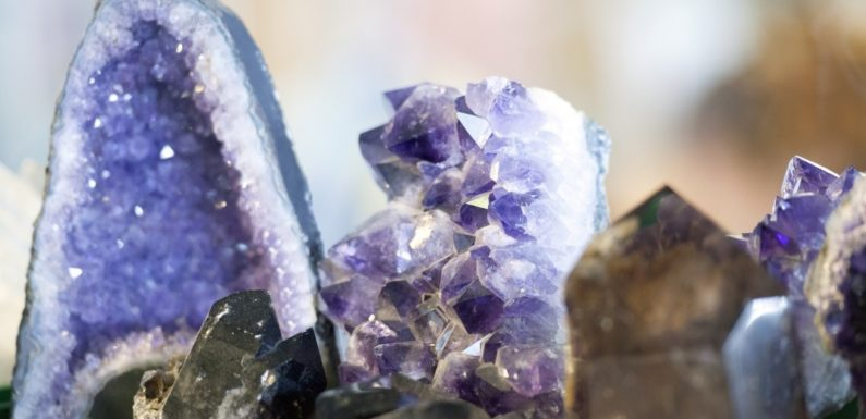 7 Ways Amethyst Changes Our Lives