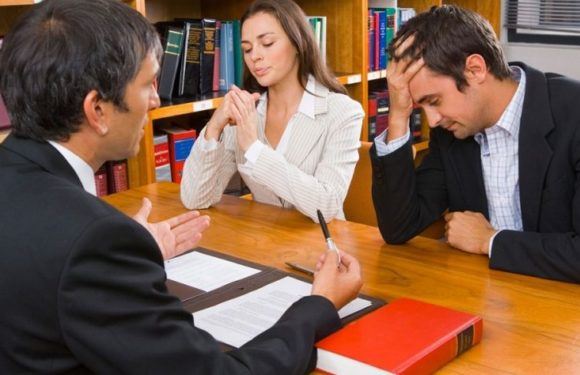 Why Hire an Experienced Divorce Lawyer to Handle your Case