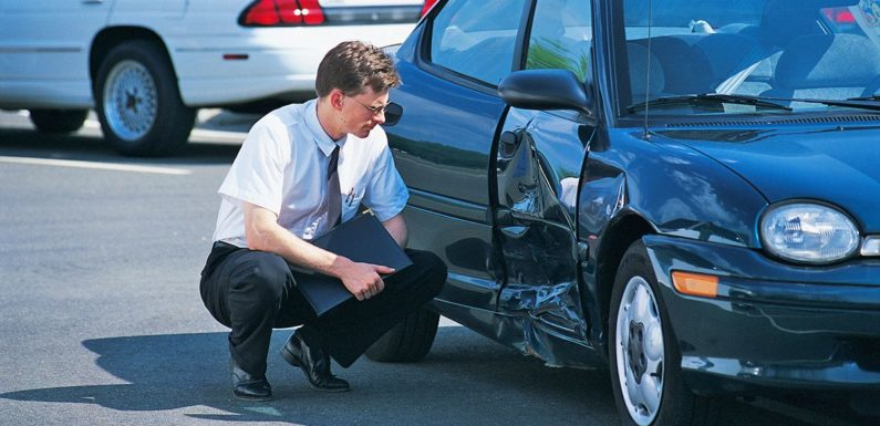 Experienced Car Accident Attorney Better than Independent Handling of Claim