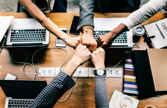 5 Outstanding Team Building Techniques to Motivate Employees