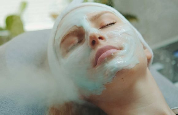 Choose the Right Face Steamer that Suits Your Skin Care Needs