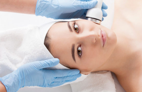 How a Non-surgical Skin Rejuvenation Procedure Can Help You Beat Aging Flaws
